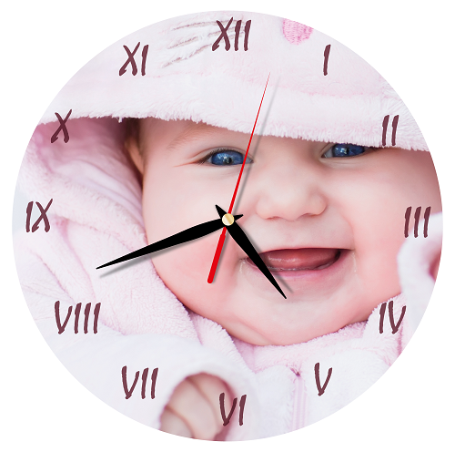 Moderné nástenné hodiny osviežia vzhľad vášho interiéru